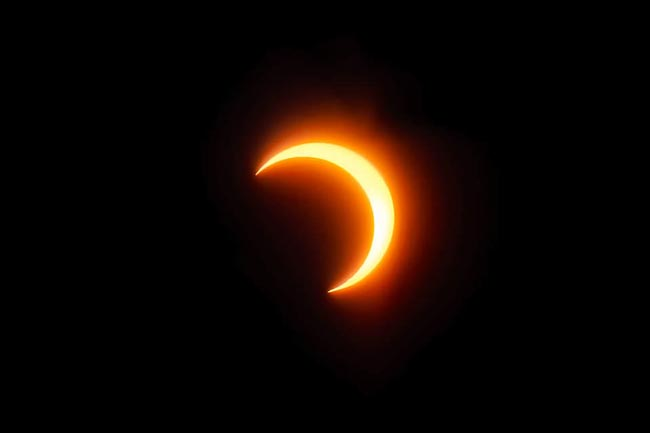 Total Solar Eclipse 3 - چگونگی عکاسی از خورشید گرفتگی